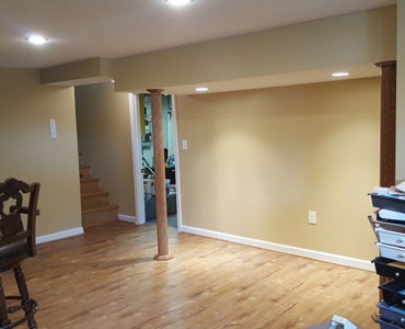 Flooring Installation - Diaz Painting LLC